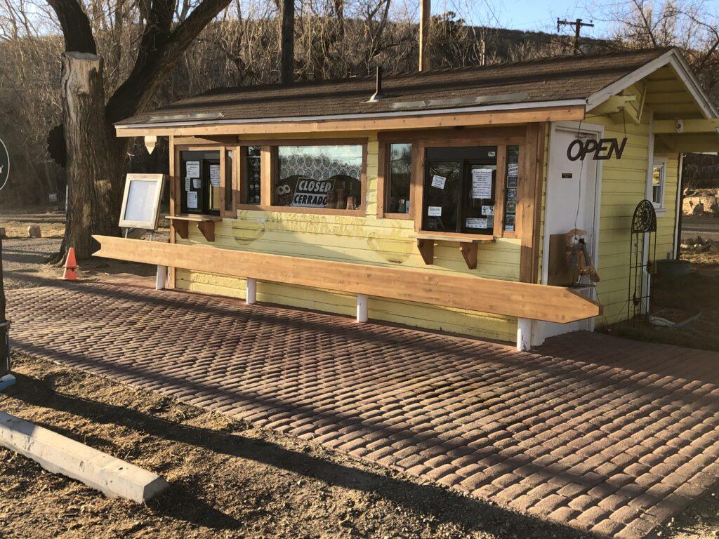 Picture of front of Jamoka Joe's Coffee Shop